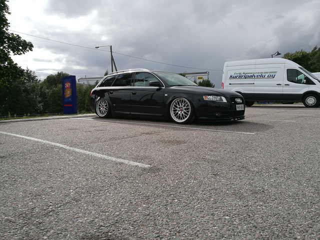 Halli: Bagged A4 B7 Avant _smaller